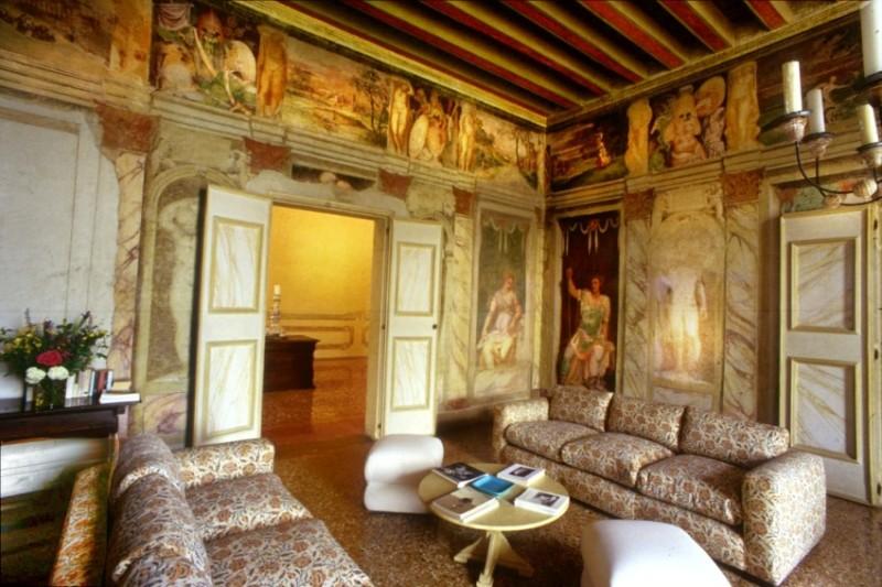 Villa dei vescovi adotta una stanza di giuliana d 39 olcese for Salotto sala da pranzo